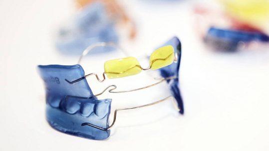 News | Tipps zur Pflege deiner herausnehmbaren Zahnspange